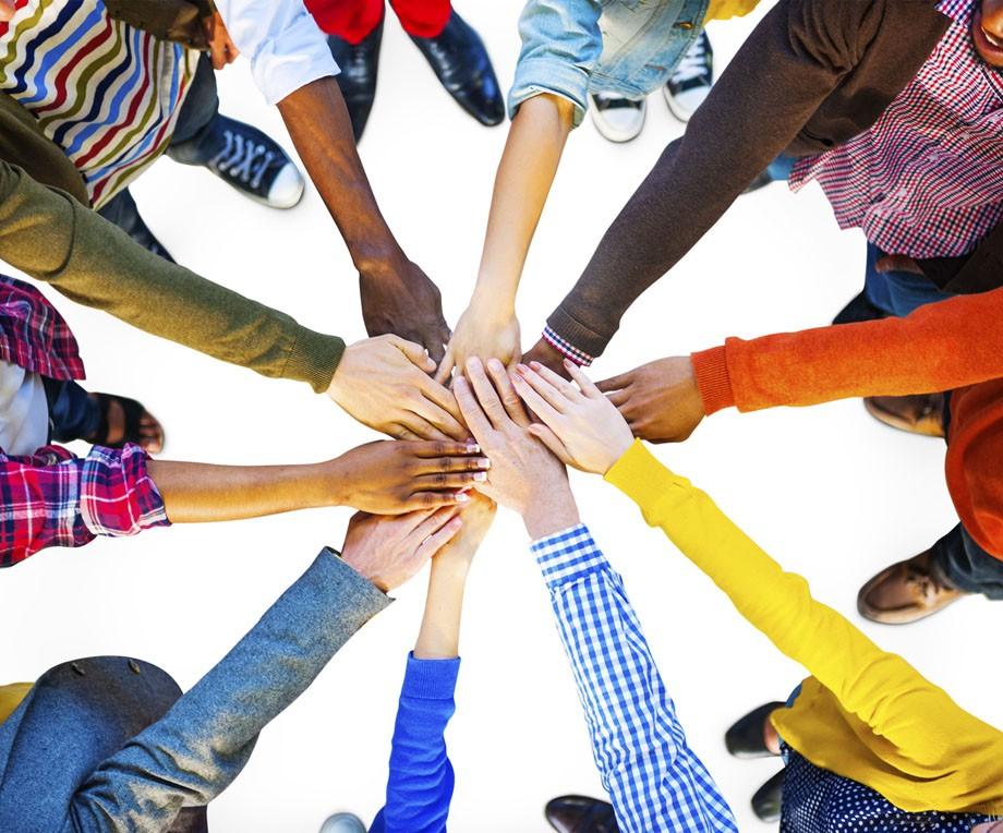 Bando Never Alone: otto fondazioni insieme per garantire l'accoglienza e l'inclusione dei minori stranieri soli
