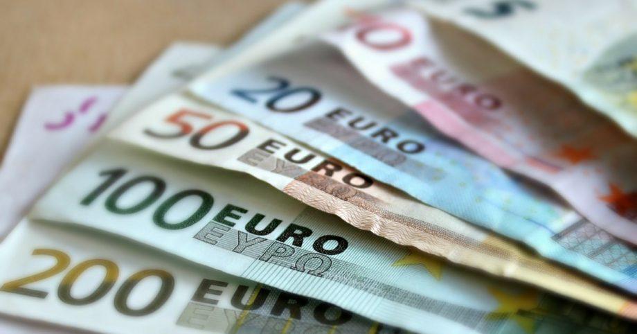 Gennaio 2019: buon compleanno Euro!